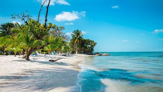 800px-Playa-blanca-885x500