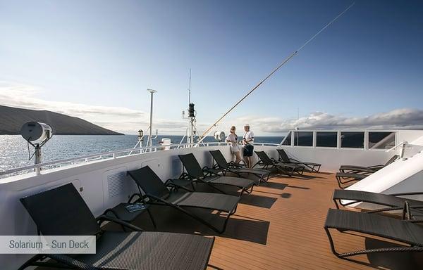 galapagos-santa-cruz-solarium-sun-deck-2