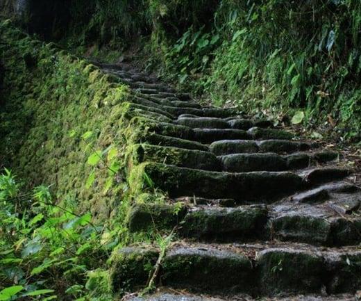 inca-trail-to-machu-picchu-02
